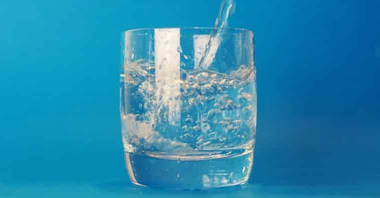 Agua potable pura y pérdida de peso